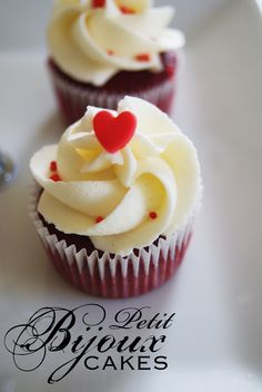Luxury Red Velvet mini cupcake with French Vanilla Buttercream Icing  #RedVelvet #Cupcake #MiniCupcake #PetitBijoux