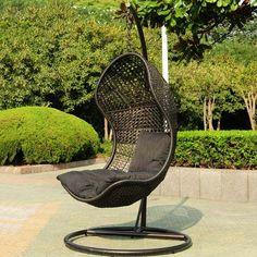 fauteuil suspendu en rattan noir pour extérieur