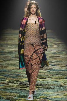 Dries Van Noten ready-to-wear spring/summer '15 gallery - Vogue Australia
