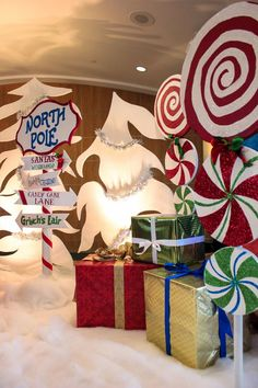 Most Popular ideas kids christmas party decorations diy Christmas Parade Floats, Ward Christmas Party, Christmas Program, Office Christmas Party, Company Christmas Party Ideas, Christmas Grotto Ideas, Polar Express Christmas Party, Holiday Ideas, Christmas Float Ideas