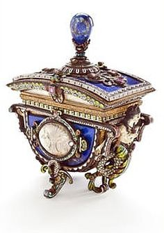 Antique vintage Viennese Lapis jeweled box, 19th century.  (Bonhams.com)
