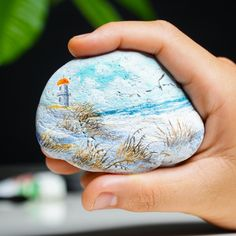 Stone Art Painting, Acrylic Painting Flowers, Pebble Painting, Acrylic Art, Pebble Art, Acrylic Colors, Diy Painting, Rock Painting Patterns, Rock Painting Ideas Easy