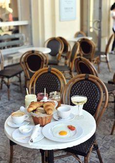 ♔ Paris café