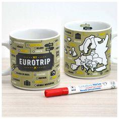 Ama viajar pela Europa? Marque os países que visitou na Caneca do Viajante Eurotrip! Use a caneca em seu dia a dia para tomar um café sonhando com viagens ou para decorar sua casa ou mesa do escritório. Acompanha caneta especialmente fabricada para pintar porcelana.