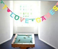 Word Banner by OMM-design  http://bcbasics.com/?pid=70470700 スウェーデンOMM-designの人気Word Banner! 自分で好きな言葉が作れるガーランドです!