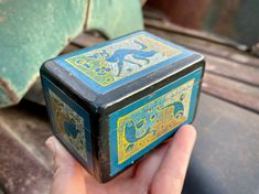 Very Small Vintage Mexican Lacquer Painted Wood Box with Animal Design, Mexican Folk Art Lacquer Paint, Hacienda Style, Mexican Folk Art, Spanish Style, Wood Boxes, Animal Design, Painting On Wood, Harry Potter, Vintage
