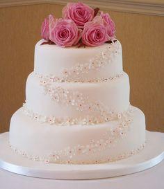 Fresh Rose Posy and Sugar Flower Daisies decorate Three Tier Wedding Cake by handmadebyhannah, via Flickr