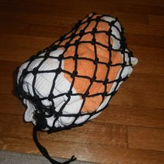 Easy Paracord Drawstring Pouch! by snipir