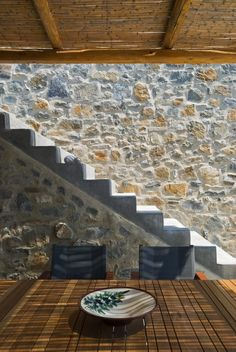 Eagle's Nest is a striking Mediterranean summer house that was completed in designed by Sinas Architects, situated on Serifos Island, Greece. Greek House, Property Design, Outdoor Living, Outdoor Decor, Outdoor Rooms, Stairway To Heaven, City Living, Rustic Elegance, Mediterranean Style