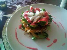 Ensalada veraniega y con toque fresquito y deivertido Fresco, Tacos, Mexican, Ethnic Recipes, Food, Vinaigrette, Homemade Recipe, Raspberry, Cod