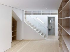 Dalston Studio - Spaces - Cassion Castle Architects - London - Ground Floor - Humble Homes Interior Stairs, Interior Architecture, Interior Design, Architects London, Mews House, Backyard Studio, Modern Stairs, Brick Facade, House Stairs