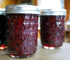 Chez Beeper Bebe: Experiments in Jam Making: Raspberry Jam Recipes Raspberry Jalapeno Jelly, Jalapeno Jam, Jam Recipes, Canning Recipes, Other Recipes, How To Make Jam, Sauces, Food And Drink, Jar