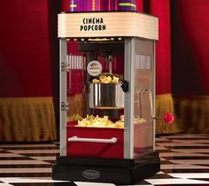 Hollywood Kettle Popcorn Maker / The Nostalgia Electrics HKP200 Hollywood Kettle Popcorn Maker evokes a classic style reminiscent of the movie palaces of Hollywood's golden era and will be the hit of all your star-studded affairs! http://thegadgetflow.com/portfolio/hollywood-kettle-popcorn-maker/
