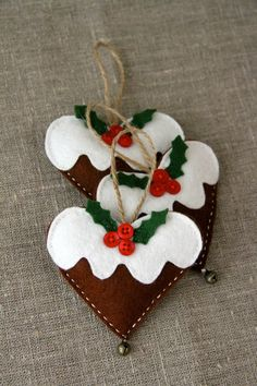 Christmas gingerbread hearts with a bell, lavender, via Etsy.
