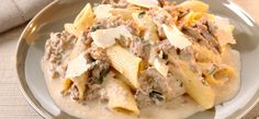 Philadelphia Recipe - Creamy Philly Mince with Pasta Mince Recipes, Cooking Recipes, Uk Recipes, Dishes Recipes, Rigatoni, Pasta Dishes, Food Dishes, Most Popular Recipes, Favorite Recipes
