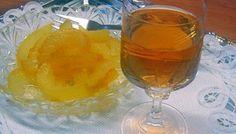 ΠΕΡΓΑΜΟΝΤΟ: … και ποτάκι και γλυκάκι!! (2 συνταγές) – Timeout.gr Greek Sweets, Greek Desserts, Greek Recipes, Homemade Syrup, Fruit Preserves, Confectionery, Soul Food, Food To Make, Alcoholic Drinks