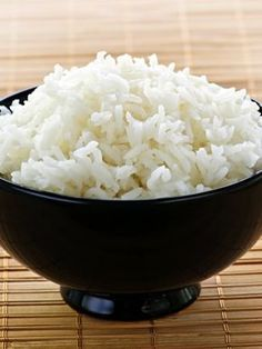What would you say if we let you know that you have calories in rice? Freezing Cooked Rice, Cooked Rice Recipes, Rice Cooker Recipes, Easy Rice Recipes, Real Food Recipes, Healthy Recipes, Extra Recipe, Clean Lunches, How To Cook Rice