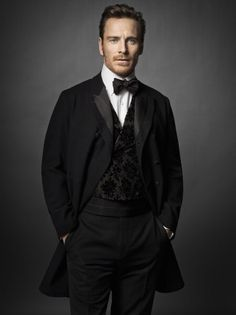 Michael Fassbender as Dr. Flynn? #FiftyShades @50ShadesSource www.facebook.com/FiftyShadesSource