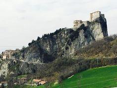 #roccadisanleo #sanleo #montefeltro #romagna #rocca #emiliaromagna #volgorimini #rimini #pickoftheday #valmarecchia #instagramromagna #fortedisanleo #amazing #volgoitalia #vivorimini #vedutastupenda #turismoer #sunset #sleo #novembre #mipiace #likeforlike #italy #instamonument #instalike #castle #cagliostro #volgoemiliaromagna #instagrampicture #instagrammers Powered by @tagomatic by ocean815