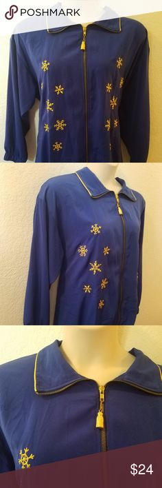 "Silky Smooth Zip Snowflake Jacket 3X 4X 24 26 28 EXCELLENT Condition! NO Flaws Noted! TAG Size ~ Missing ( Measures LIKE a 3X 4X)  PLEASE check measurements!  BUST ~ Approx 52"" LENGTH ~ Approx 30"" Gold Tassel Zipper * NO POCKETS * From a SMOKE FREE HOME  I LUV TO SHARE!!!  ***TOP 10% SHARER***  POSH MENTOR!!! I LUV TO MEET NEW POSHERS!  10/1 @@@@@ VEGAS STRONG @@@@  LUPUS AWARENESS MONTH ~ MAY Sport Savy Jackets & Coats"