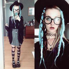 #ootd !  #gothgoth #aliengoth #stregafashion #witch #dreads #syntheticdreads #demonia