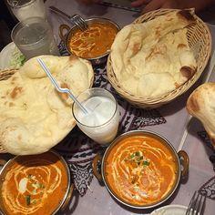 By @hiromiohama324 on Instagram ☆2017/07/05 09:01:57 ☆NIRVANA Yokosuka Main branch ☆#hindistan #curry #naan #カレー#安くて美味しい#食べ歩き