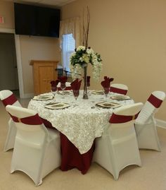 Burgundy and ivory banquet