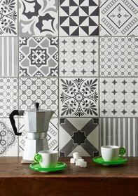 Du wirst moderne Zickzack-Muster sehen, die dem Art-déco-Stil ähneln, einige Mikro-Florale sowie marokkanische Inspirationen.  - Top 4 der Fliesentrends 2017 ⋆ LeLiFe