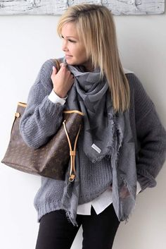 womens fashion over 50 fifty not frumpy tank tops Over 50 Womens Fashion, Fashion Tips For Women, Fashion Over 50, Fashion Advice, Fall Fashion Trends, Winter Fashion, Cool Outfits, Fashion Outfits, Fashion Marketing