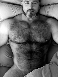 Wanna mature grey bears fuck that's juicy