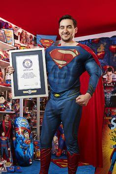 Esse cara é doido pelo Superman.O maior fã do Superman no mundo,segundo o Guinnes Book... http://clickcuriosidades.blogspot.com.br/2017/07/este-cara-e-doido-pelo-superman.html