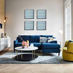 vintage blue living room design ideas you must have 20 Blue Couch Living Room, Colourful Living Room, Living Room Colors, Living Room Designs, Living Room Furniture, Living Room Decor, Living Area, Home Design, Interior Design