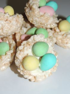 ooey gooey chewy rice krispies squares shaped as robin nests with Cadbury mini eggs Mini Eggs, Nests, Rice Krispies, Squares, Robin, Easter, Homemade, Baking, Desserts