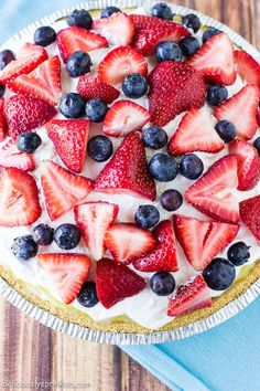 50 Fourth of July Recipes - very berry ice cream pie  http://www.frontstreetcantinalemont.com/