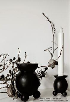 julpyssel 2014, julen 2014, ljsustakar, diy, pyssel, pyssla juldekoration, dekorera julen, svart och vitt, svarta ljusstakar, inspiration juldekoration, fåglar, trädgren, naturmaterial,