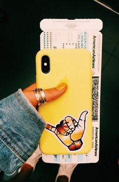G Lee The iPhone 8 and 8 Plus, first released in are no longer the flagship Apple phones as Apple continues to churn out phones. They having been replaced by the iPhone XS… Iphone 6plus, Coque Iphone, Diy Iphone Case, Iphone Cases, Cute Cases, Cute Phone Cases, Iphone Video, Handy Case, Gadgets