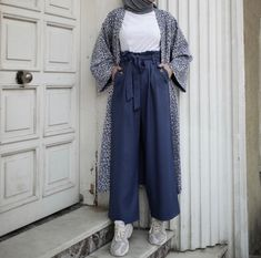 Modest Fashion Hijab, Modern Hijab Fashion, Muslim Women Fashion, Casual Hijab Outfit, Hijab Fashion Inspiration, Fall Fashion Outfits, Modest Outfits, Women's Fashion Dresses, Eid Dresses