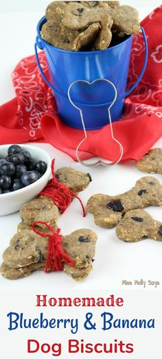 Homemade Dog Food Homemade Blueberry and Banana Dog Biscuits - As a fur Mom, I love treating the pups to fresh, HEALTHY homemade treats! And, what can be better for them than Homemade Blueberry and Banana Dog Biscuits? Puppy Treats, Diy Dog Treats, Healthy Dog Treats, Dog Biscuit Recipes, Dog Treat Recipes, Dog Food Recipes, Homemade Dog Cookies, Homemade Dog Food, Homemade Dog Biscuits