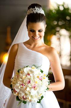noiva, edla barros, atelier edla barros, coque, buque, bouquet, orquídea, casamento