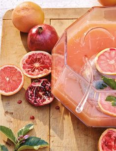 Pink Grapefruit Pomegranate Punch | Talk about decadent! With flavors ...