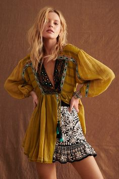 Sabeena Embroidered Tunic by Free People, Green, XS Look Boho, Bohemian Style, Bohemian Summer, Hippie Style, Free People Clothing, Free People Dress, Summer Dress Outfits, Dress Summer, Summer Clothes