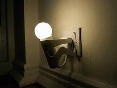 """Cool """"unpluggerman"""" plug-in light"""