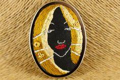 Embroidered golden princess brooch - kikulu handmade jewellery and vintage jewellery Vintage Jewellery, Handmade Jewellery, Vintage Costume Jewelry, Vintage Costumes, Golden Princess, Black Linen, Hand Sewing, Brooch, Silver
