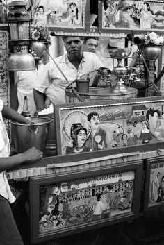 Henri Cartier-Bresson, Perfume seller, India, 1966