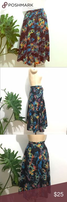 Vintage retro palm tree wrap circle skirt electric Swingy electric blue palm tree Hawaiian tropical summer my Miami vice wrap skirt. Awesome print. No tags, feels like cotton. Can fit small or medium depending on how you like it worn, it wraps all the way around. Excellent vintage condition, feel free to ask any questions! Skirts