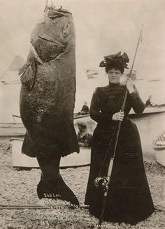 Mrs. E.N. Dickerson, of New York, N.Y., with a 363 lb. black sea bass, in 1901