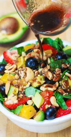 Strawberry Spinach Salad, with Blueberries, Mango, Avocado, and Cashew nuts + homemade Balsamic Vinaigrette salad dressing. Healthy, Vegetarian, gluten-free, vegan, low in fat and low in calories recipe.