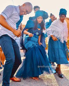 African Wedding Attire, African Attire, African Traditional Wedding Dress, Africa Fashion, Fashion Games, Dress For You, Wedding Styles, My Style, Casual