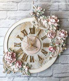 Добрый день! Афродита (Часы Aphrodite) продолжает Вас заманивать и развлекать своими нежными розами!!!Полистайте! Скульптурная живопись, обьемный декор, золочение поталью, патина, диаметр круга -44 см, по выступающим точкам -60(вертикаль)х53.#скульптурнаяживопись #объемнаяживопись #декоративнаяштукатурка #декордома #часыскульптурнаяживопись #часыручнойработы #мкскульптурнаяживопись #мастеркласс #прованс#барельеф#декорторта #мкторт #ручнаяработа #мебель #золотыеукрашения #золото #золочение...