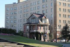 New Orleans,  Old and New